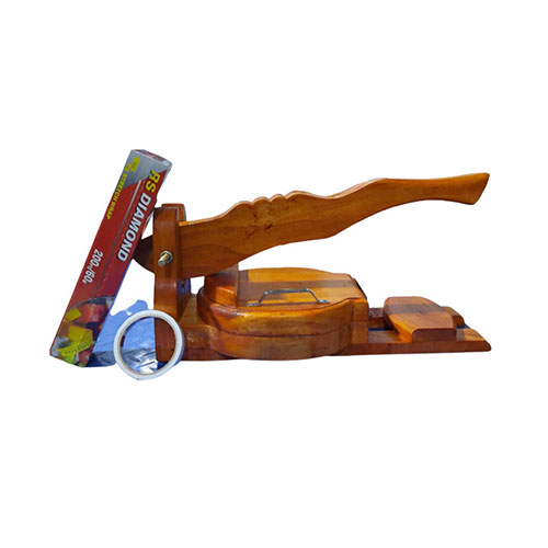 Round Shape Exclusive Wooden Roti Maker